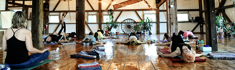 Content-Images-Basics-Yoga-Class